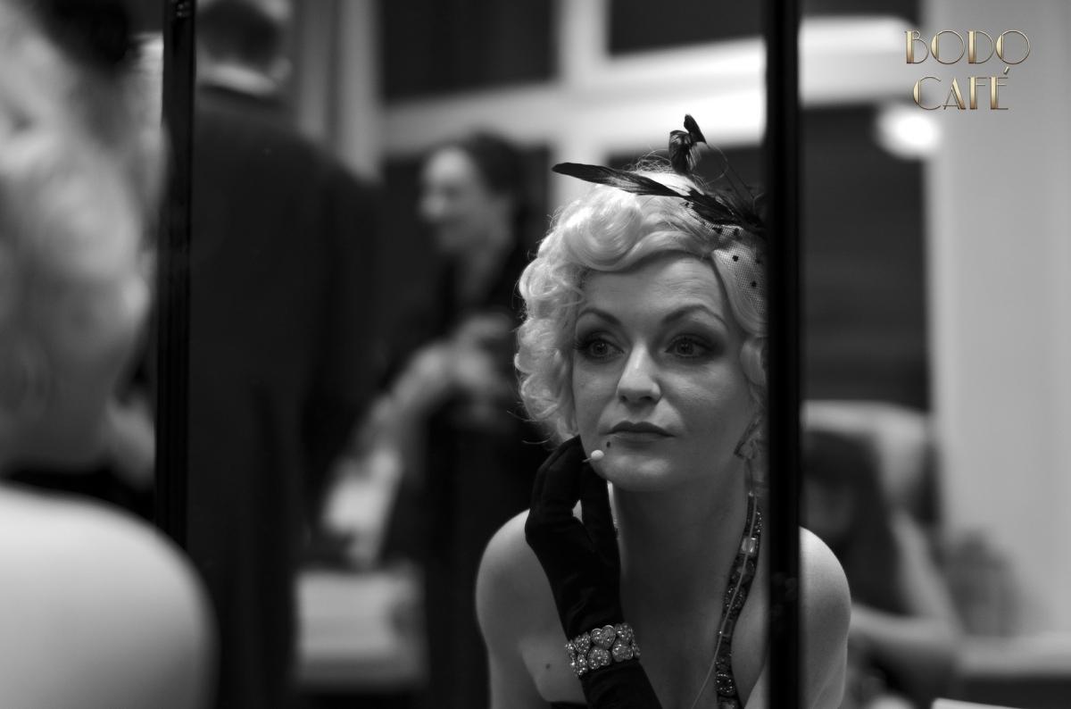 Katja Przygotowania lustro
